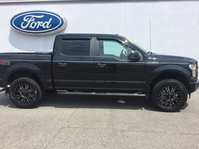 Pre-Owned 2017 Ford F-150 XL CRW FX4